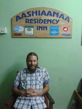 Aashiaanaa Residency Inn: its ME @ the RECEPTION