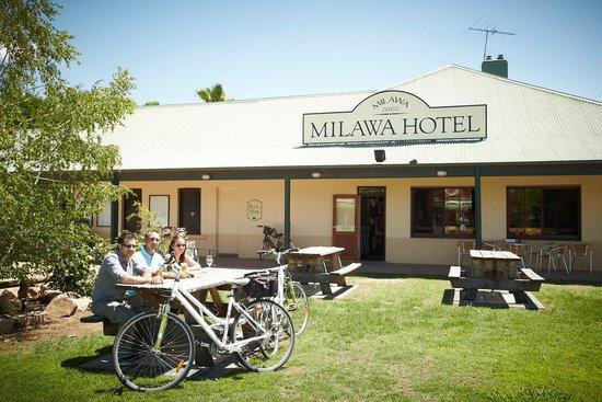 Milawa Commercial Hotel Restaurant