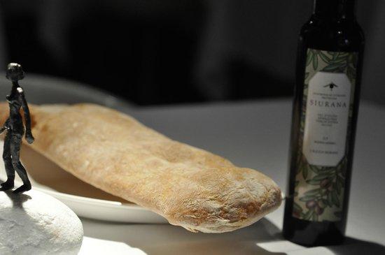 AQ restaurant: Crystal Bread