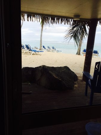 The Rarotongan Beach Resort & Spa: View from Room 207 Deluxe Beachfront Suite