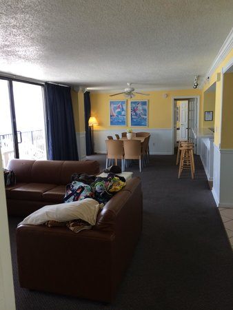 The Sandpiper Beacon Beach Resort: Condo room 301