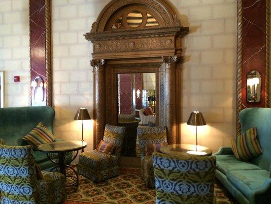 Serrano Hotel : Lobby