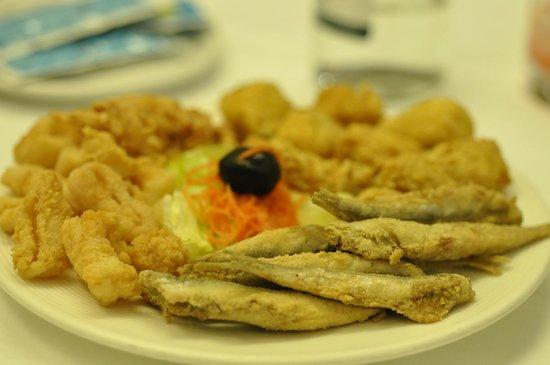 La Ribera Restaurante.: Fried Fish