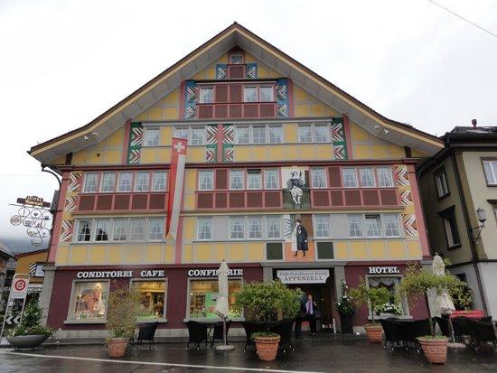Hotel Appenzell: Von Aussen