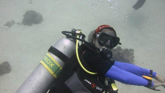 Coral Bay Beach & Dive Resort: Nitrox Diving Experience