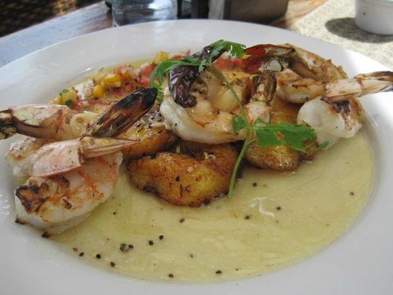 Ocean Grill Restaurant & Beach Club: Shrimp & Plantains
