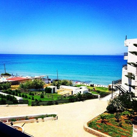 Hotel Themis Beach: Вид из номера