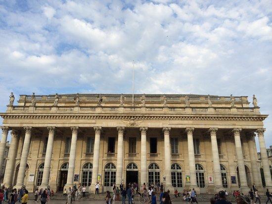 Grand Théâtre : 威風堂々