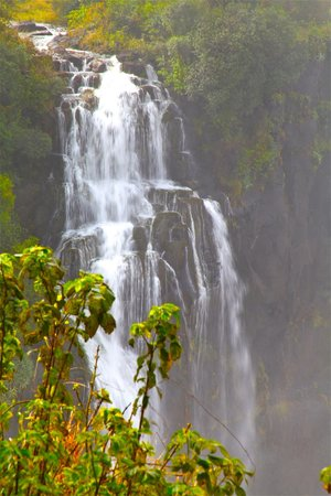 Mosi-oa-Tunya / Victoria Falls National Park: Beautiful cascading Victoria Falls