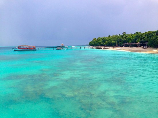Reethi Beach Resort: the view from another bridge of reethi beah resort