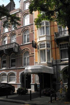 Bilderberg Hotel Jan Luyken: Front of hotel