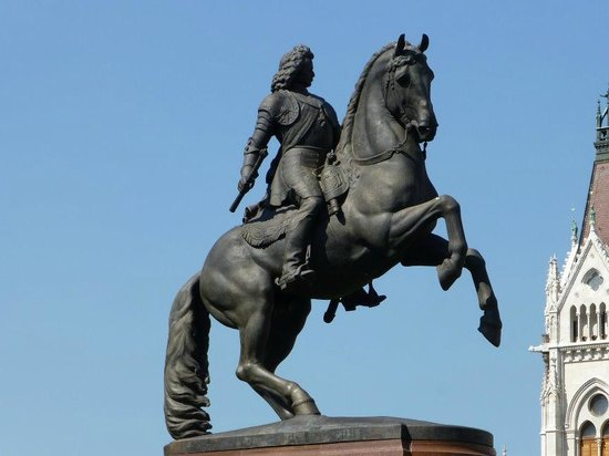 Superb Statue of Ferenc Rakoczi