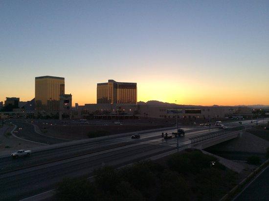 Staybridge Suites Las Vegas: Sunrise from our room