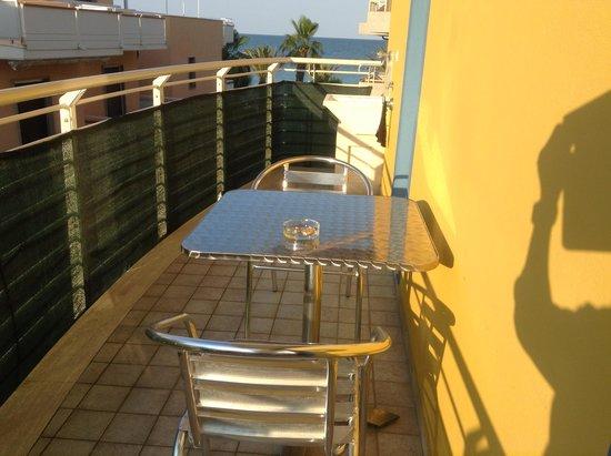 """Residence Playa Martin: viene chiamato """"balcone"""""""