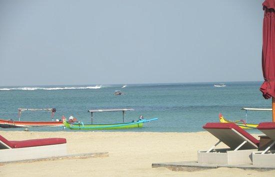 Rama Beach Resort and Villas: On the beach front