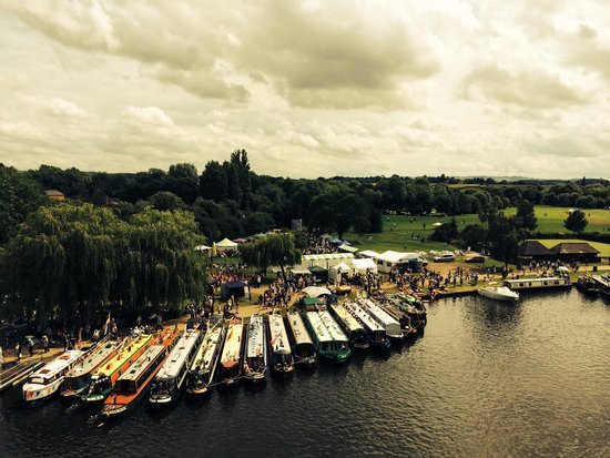 RSC Rooftop Restaurant: River festival, view from rooftop
