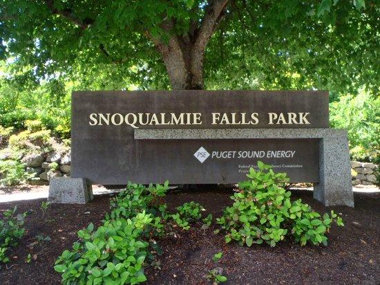 Snoqualmie Falls : Sign