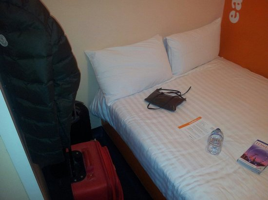 Chambre sans fen tre photo de easyhotel london victoria for Chambre d hotel sans fenetre