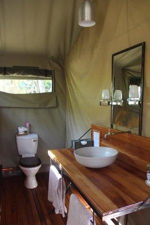 Sango Safari Camp : Toilet amenities
