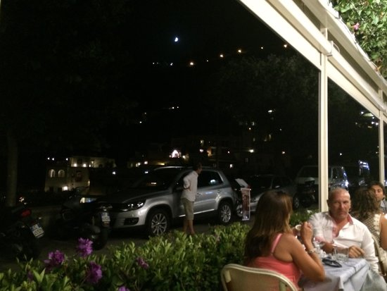 Ristorante Mediterraneo: Night view