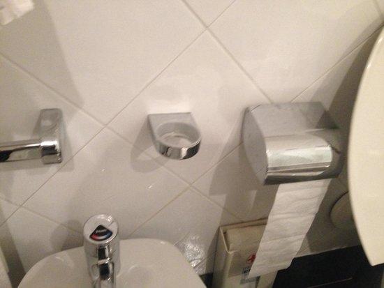 Grand Hotel Arenzano: Porta sapone rotto