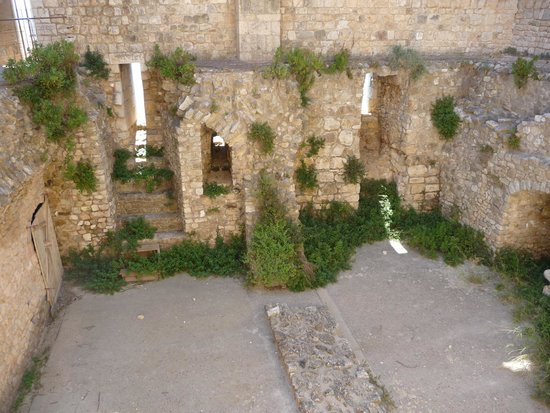 Ile Saint-Honorat: ruines