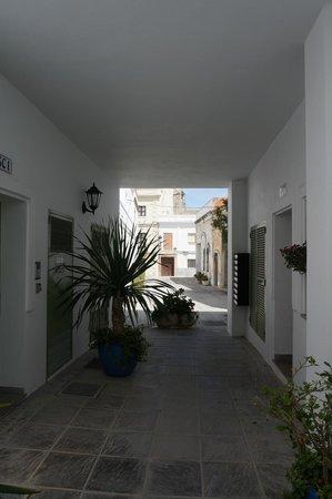 Apartamentos Gravina: Вид на улицу Гравинья :)