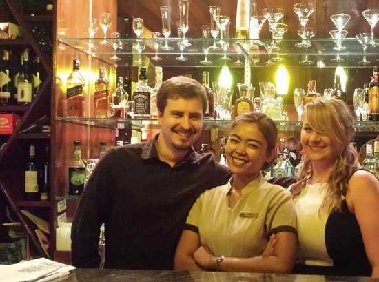 Sandalwood Luxury Villas: Taeng Mo, the most wonderful waitress and now a great friend!