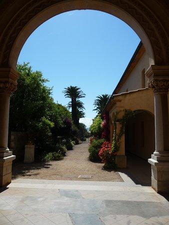 Ile Saint-Honorat: Entrée du Monastere