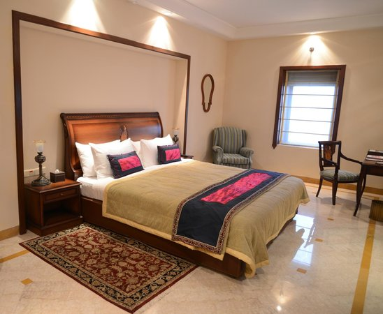 The Lalit Laxmi Vilas Palace Udaipur: Bed Room - Princess Suite
