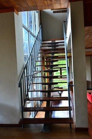 Villa 78 Dago: Stair