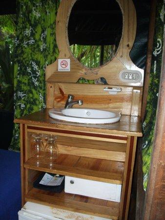 Ylang Ylang Beach Resort : Inside tent cabin