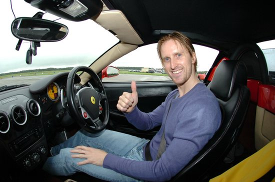 6th Gear Experience : Jamie Thomas in f430