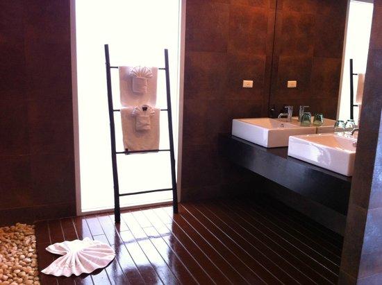 Mantra Samui Resort: Bath room 2
