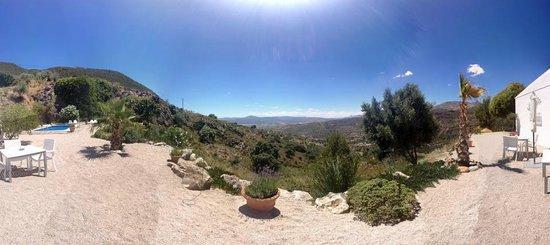 Bed and Breakfast El Refugio: Panoramisch zicht