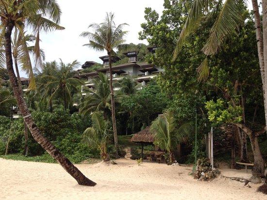 Shangri-La's Boracay Resort & Spa: Vores hotel lejlighed set fra stranden