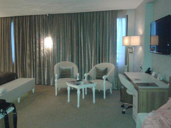 Richmond Hotel Istanbul: Sitting area
