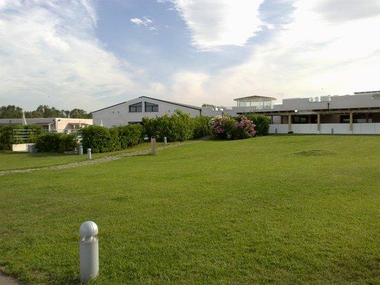 Grande Baia Resort & SPA: Giardino