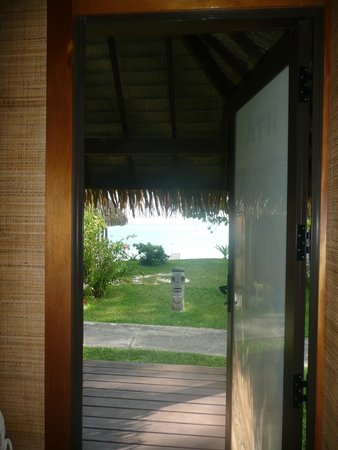 Relais Mahana : Vue du  Bungalow Deluxe Jardin