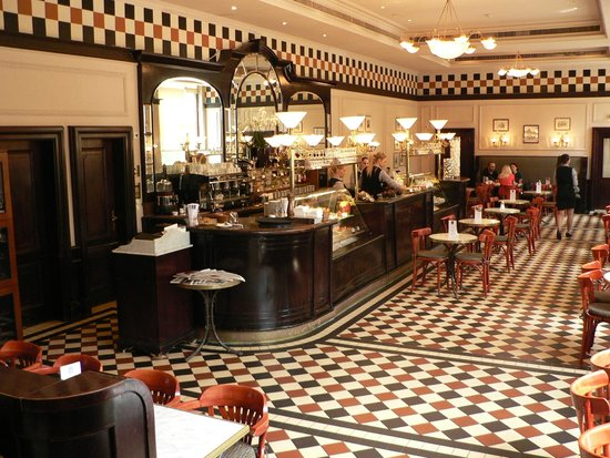 Hotel Bristol, a Luxury Collection Hotel, Warsaw: The art- deco Bristol Cafe