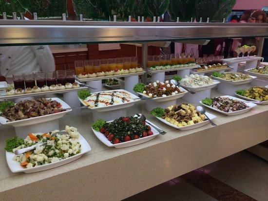 Cornelia De Luxe Resort: Great food
