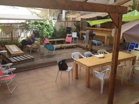 Chef Hostel Tel Aviv Montefiore: Außenbereich