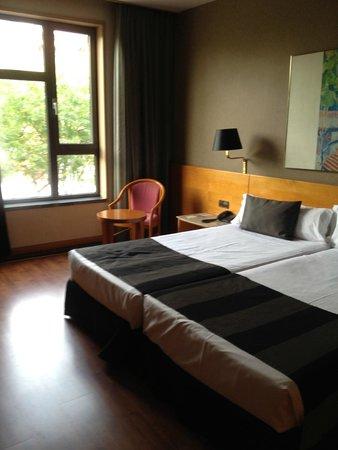 Catalonia Barcelona Plaza: Bedroom