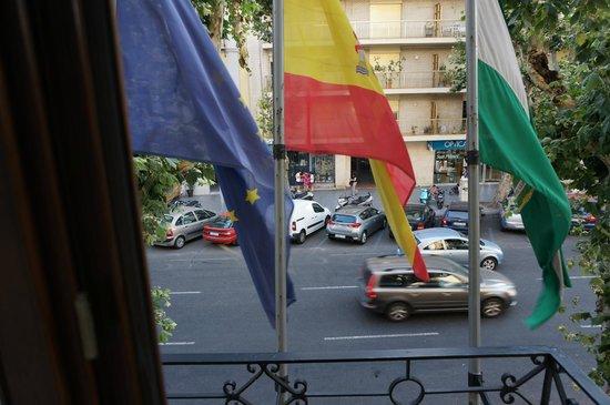 Hotel Becquer: Gut isolierte Fenster