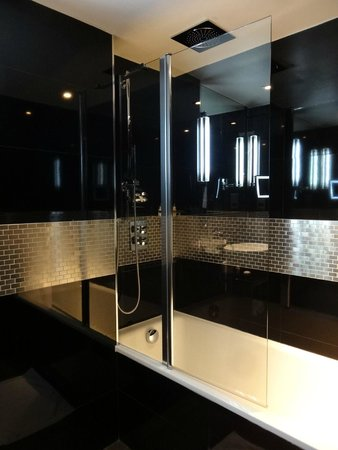 The Montcalm at the Brewery London City: Bathroom