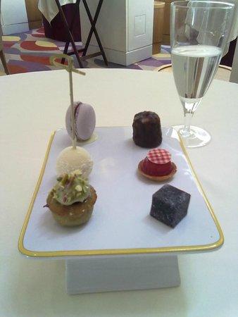 Restaurant Patrick Guilbaud: Petit Fours