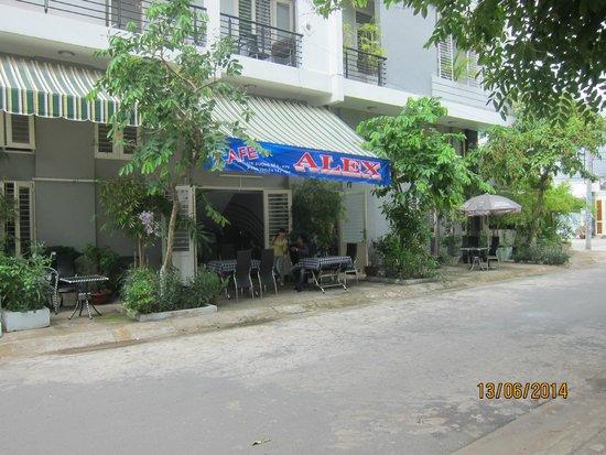 Cafe Alex: New location - 17k. duong so 10C, off street 5k, lam van ben