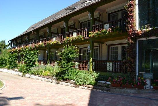 Hostellerie La Cheneaudiere - Relais & Chateaux: The Terrasses rooms, have private terrace