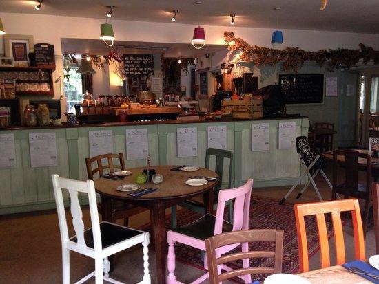 The Grove Pantry Pub & Inn: The bar