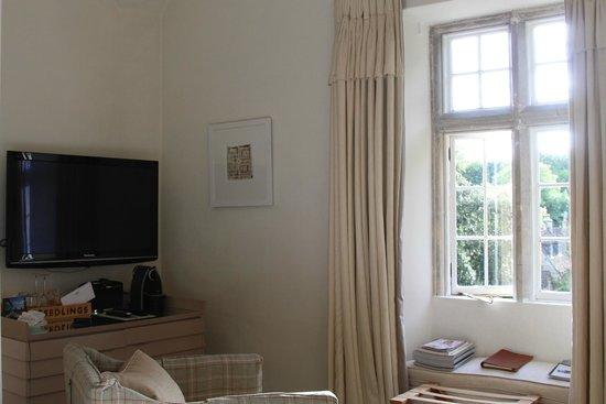 Barnsley House: Room is Small